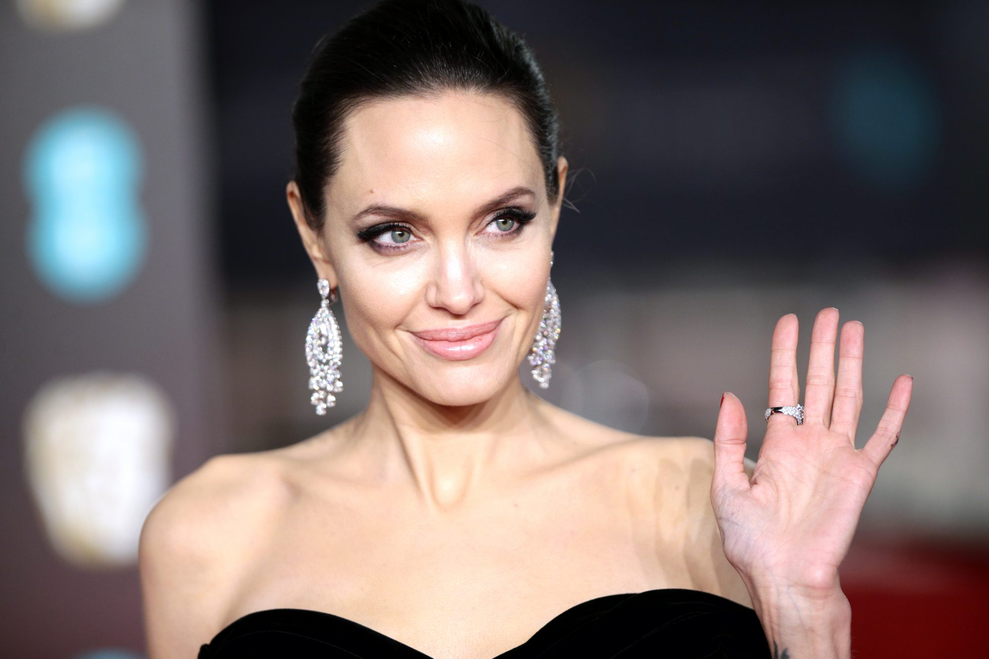 Photographic Evidence That Angelina Jolie Is Mrs. Smith IRL