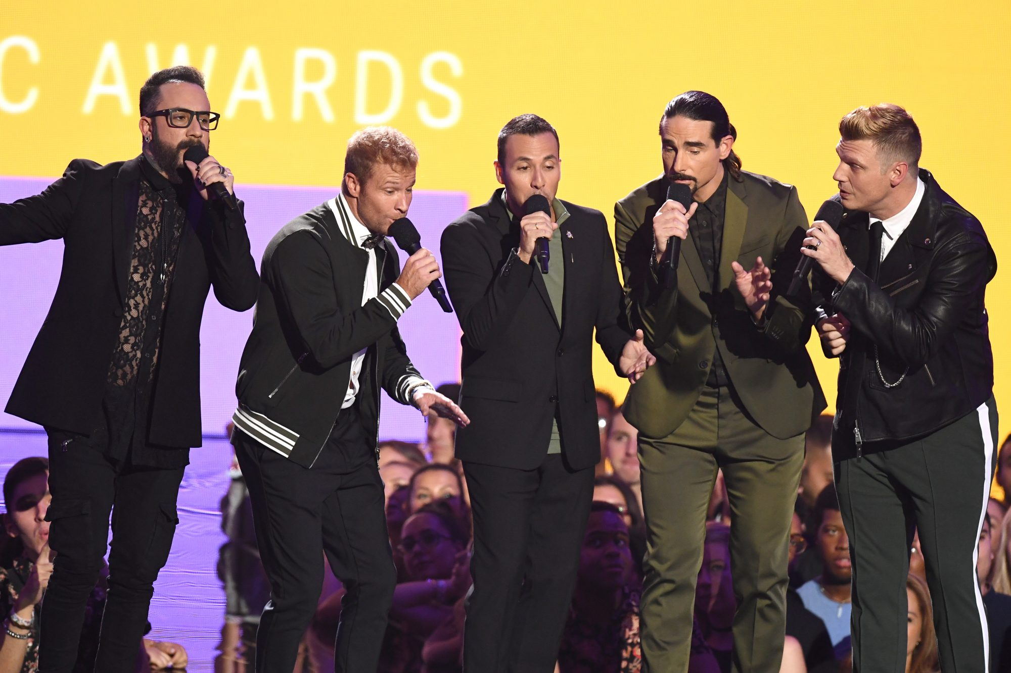 See the Backstreet Boys at Their First MTV VMAs 20 Years Ago