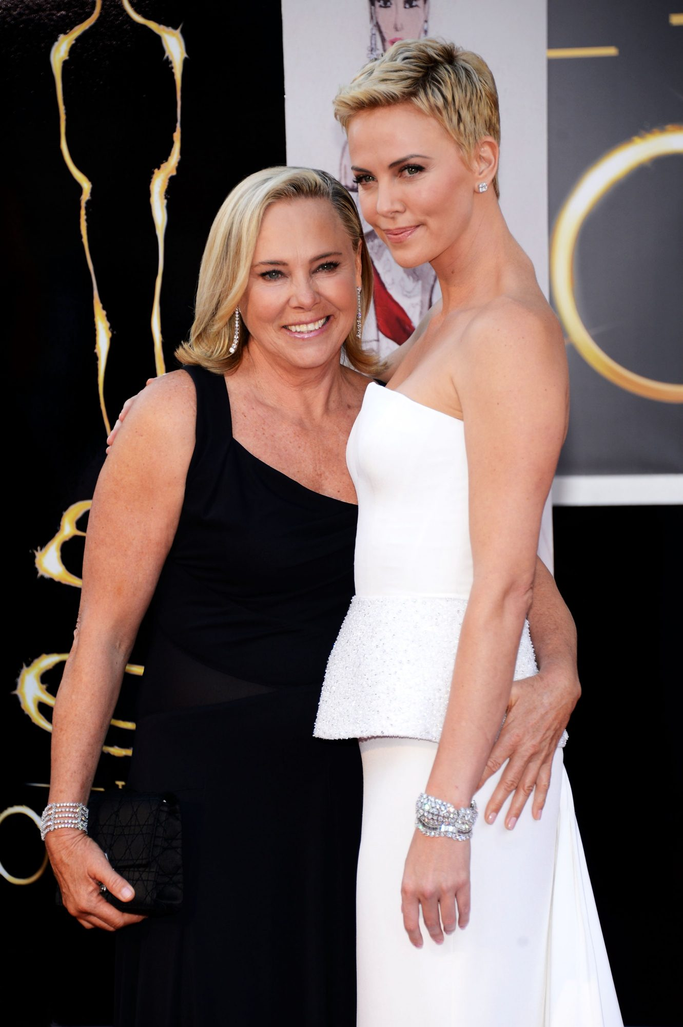 """Charlize Theron Says Her Mom, Who Shot Her Dad in Self-Defense, """"Made Me Brave"""""""