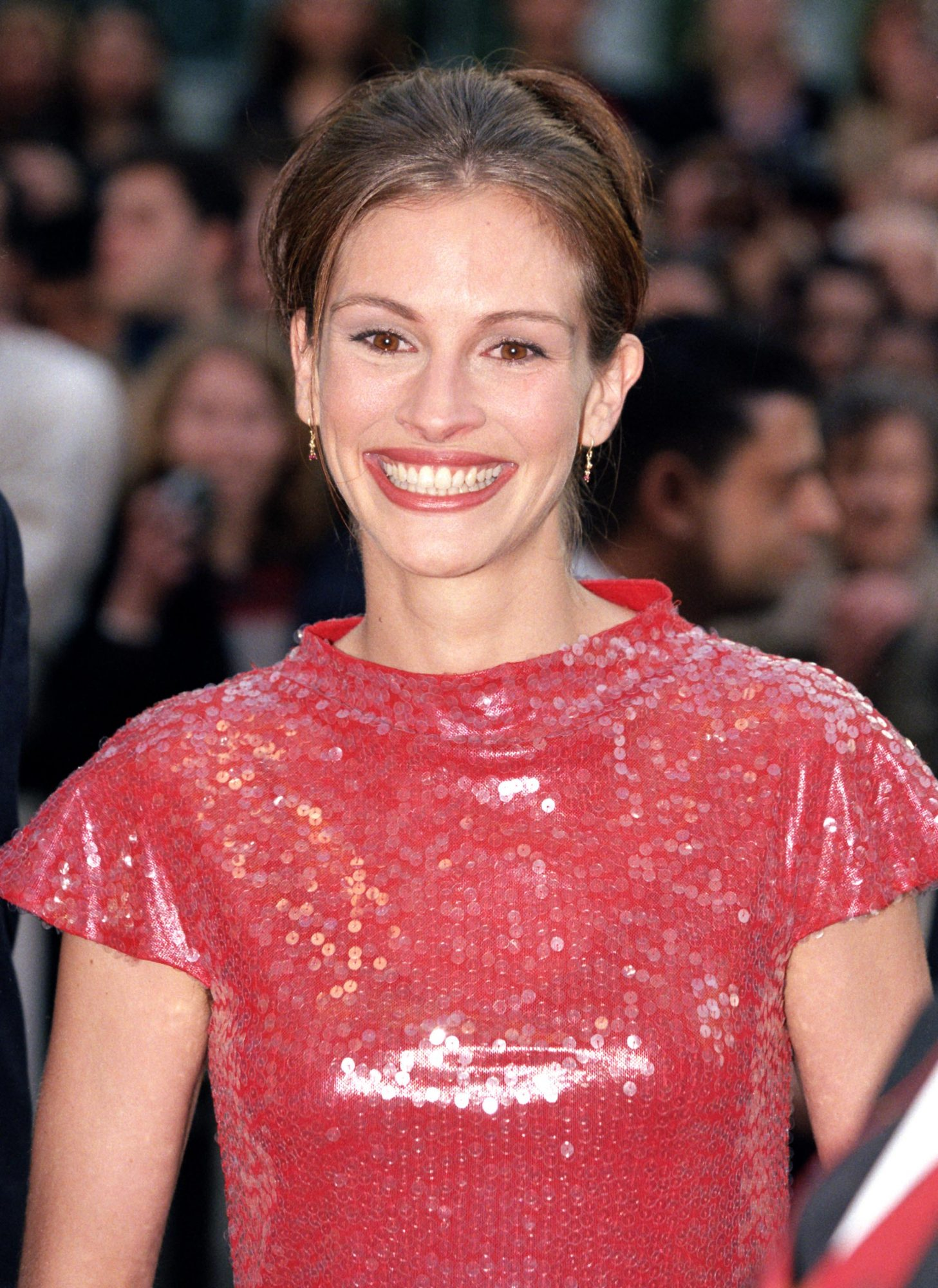Julia Roberts's Red Carpet Armpit Hair Moment Wasn't the Feminist Statement You Thought It Was
