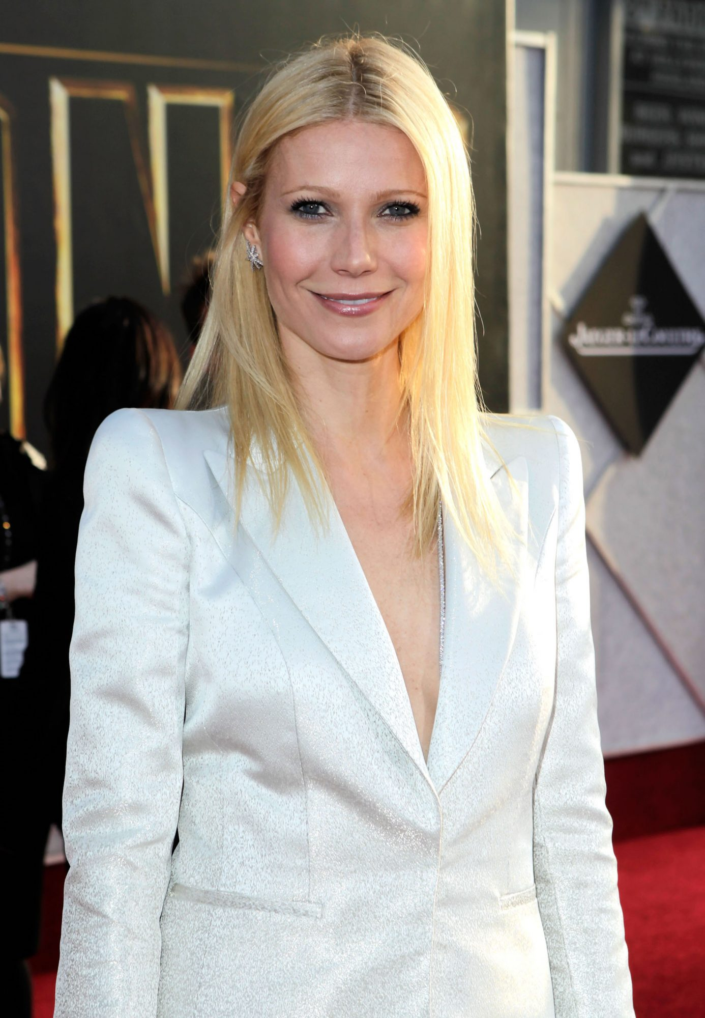 Gwyneth Paltrow's Second Wedding Look Is the Polar Opposite of Her Valentino Gown