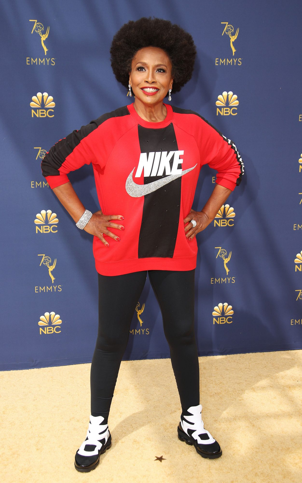 STATEMENT MAKERS: JENIFER LEWIS