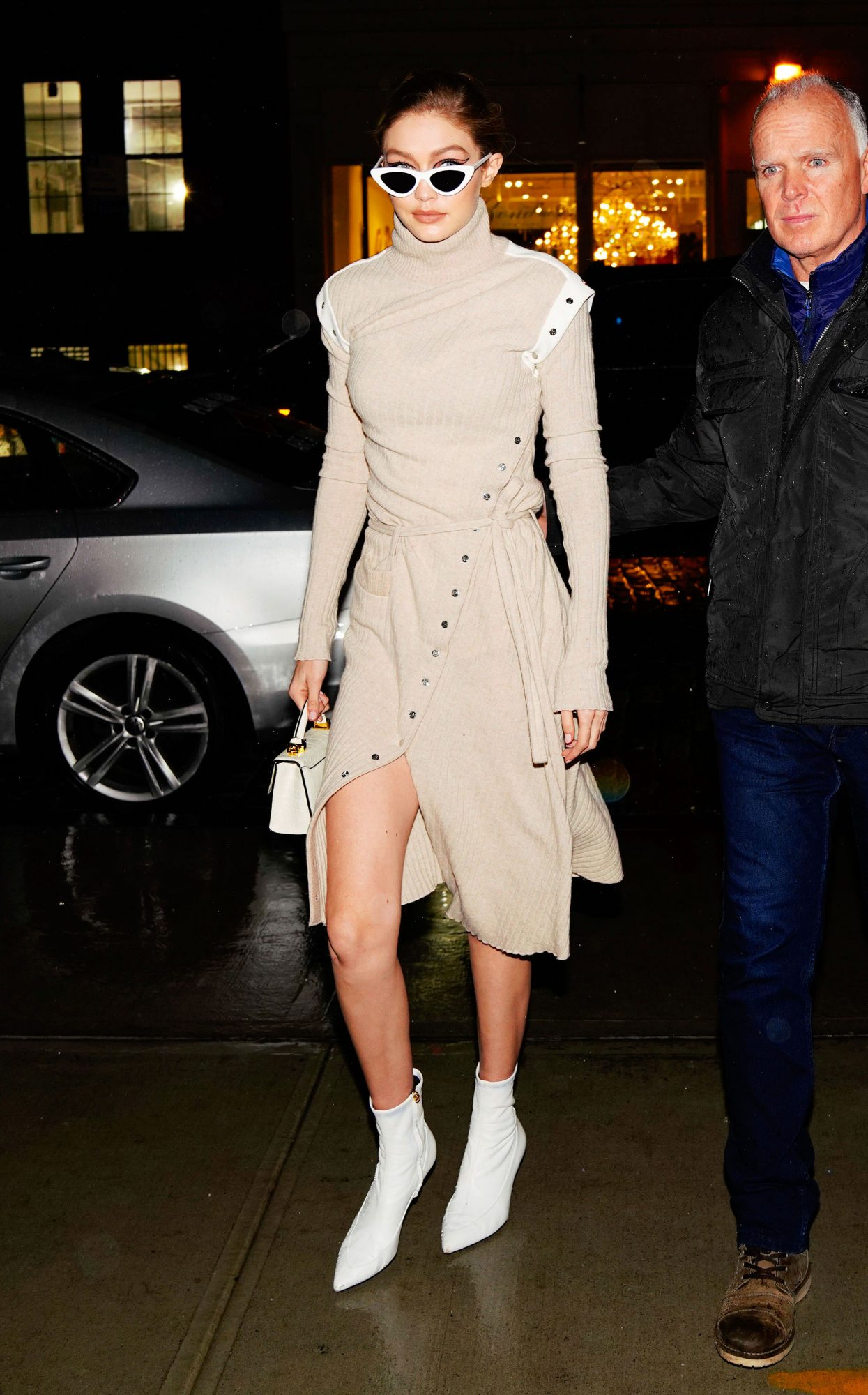 NOW TRENDING: WHITE BOOTS