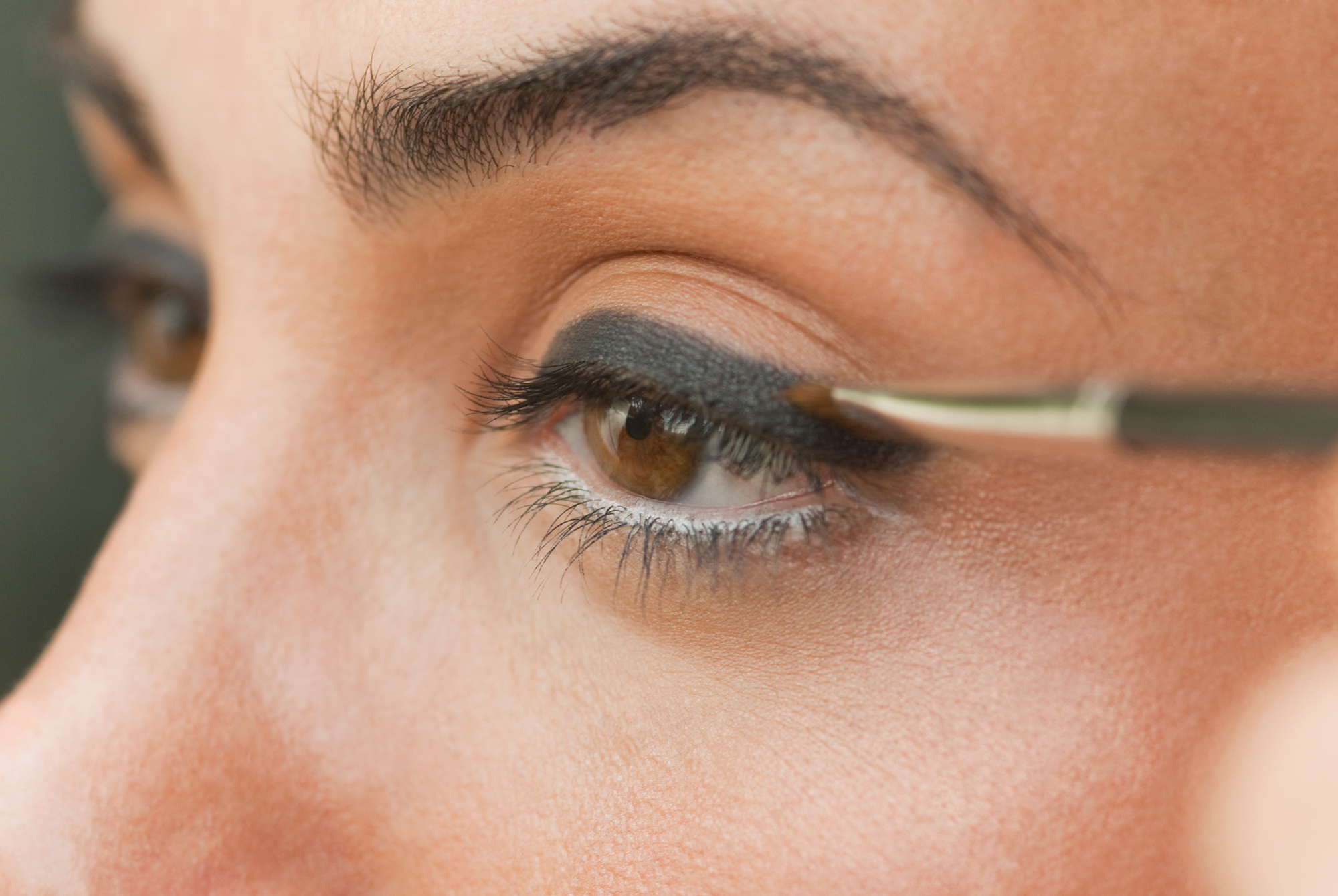 Should You Really Apply Concealer Before Eye Makeup?