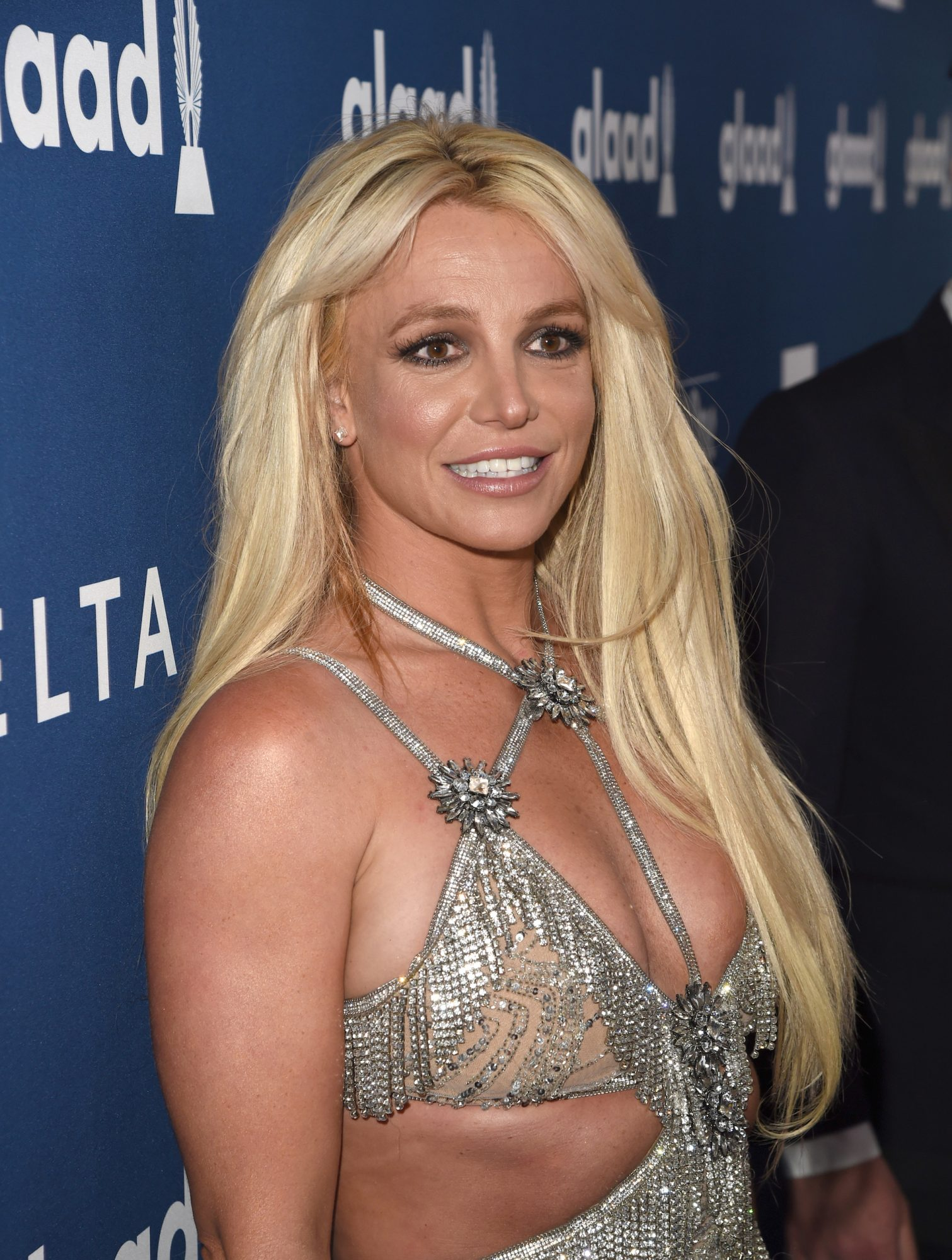Britney Spears Reportedly Checks into a Mental Health Facility