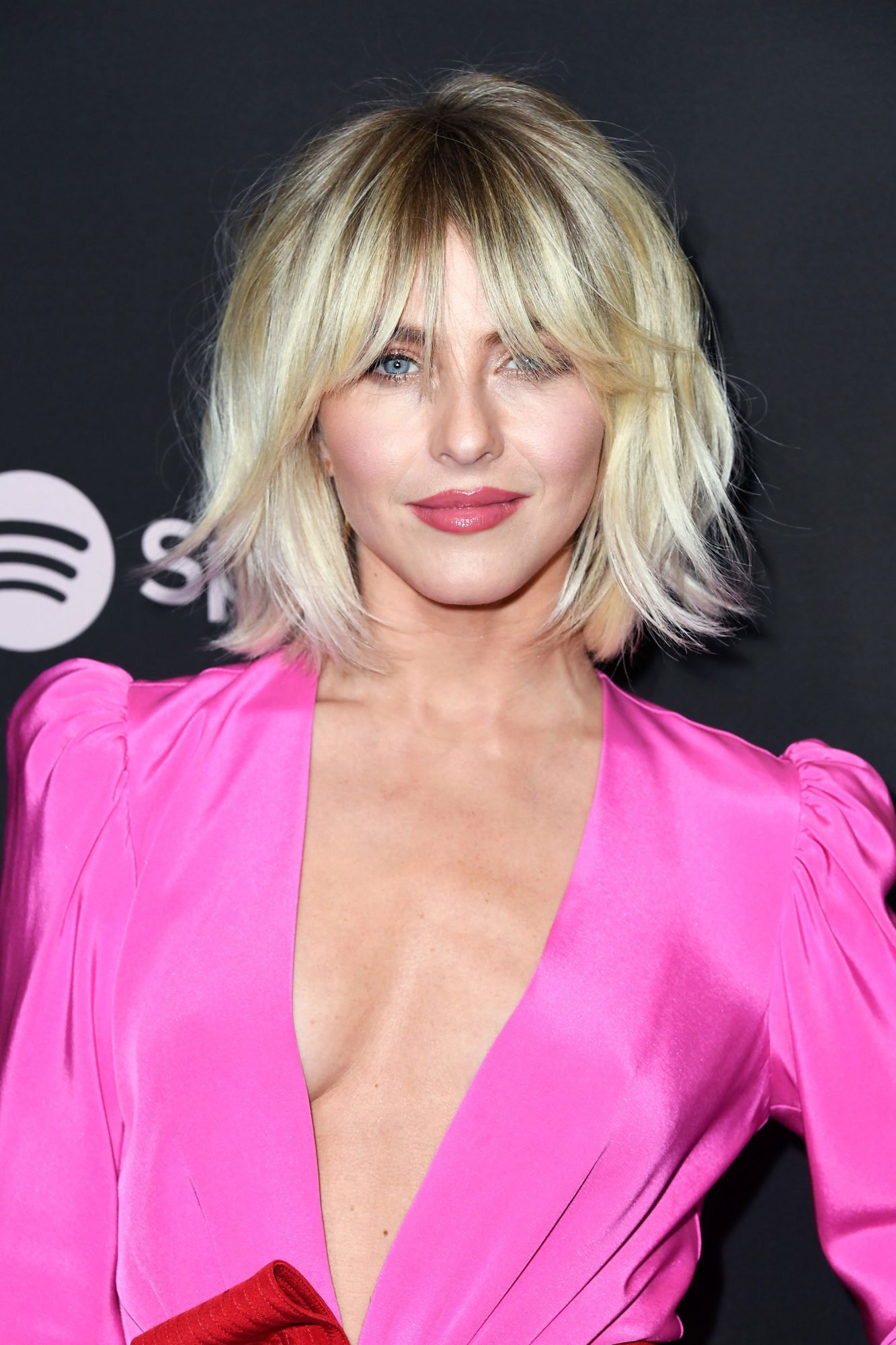 7 Ways to Wear a Shag Haircut With Bangs
