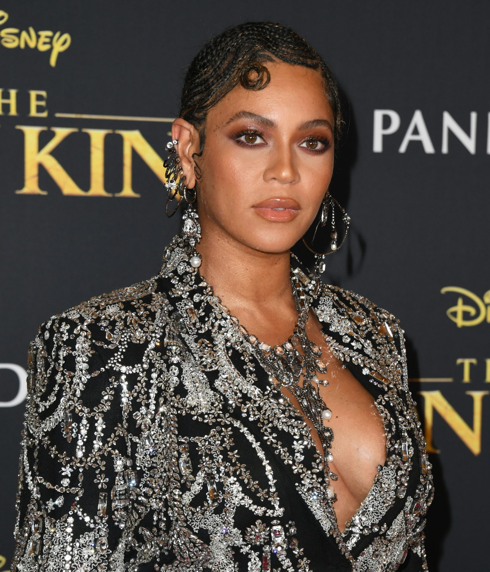Beyoncé and Blue Ivy Shut Down <em>The Lion King</em> Premiere in Mother-Daughter Matching Looks