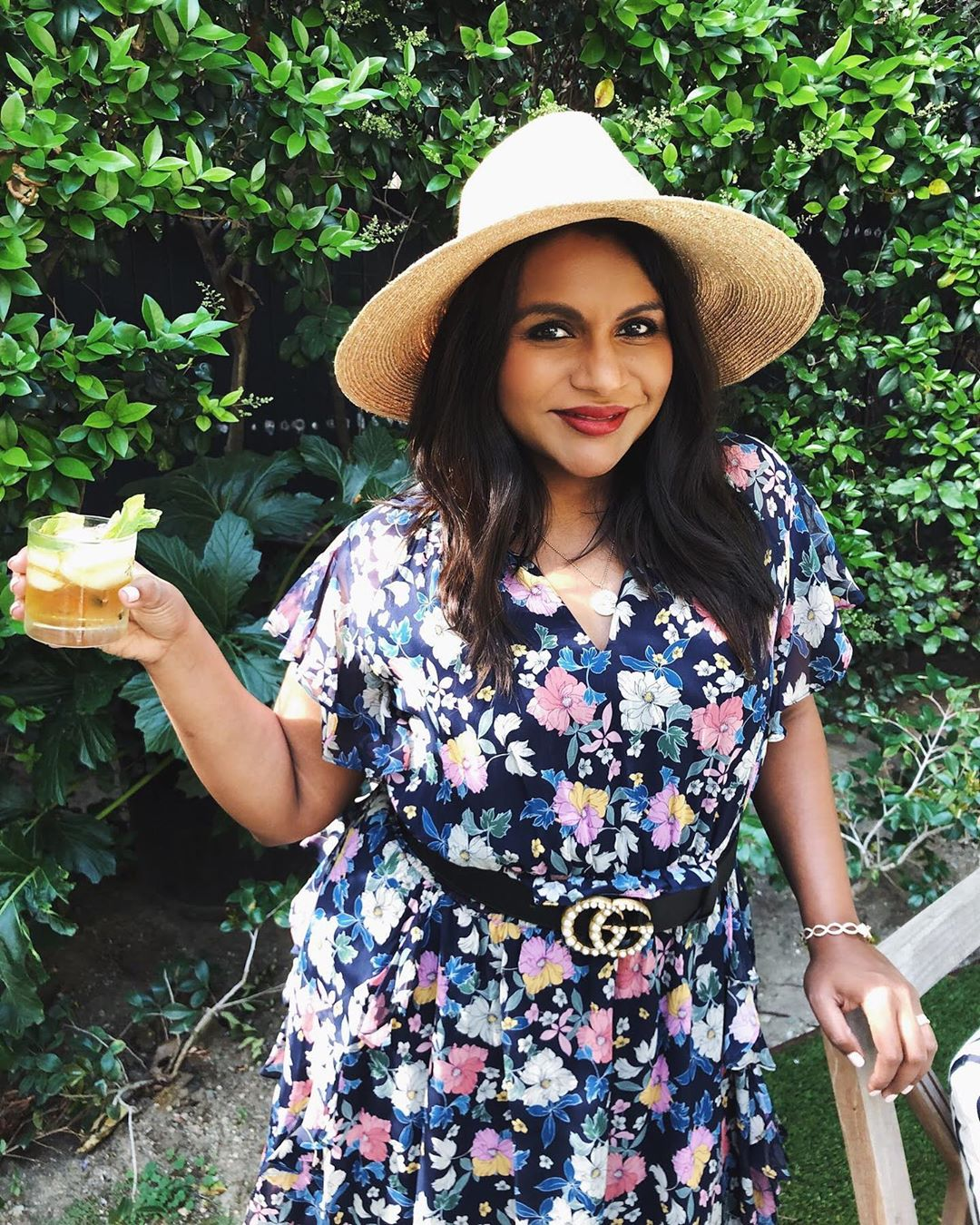 Beach Outfit Ideas - Mindy Kaling