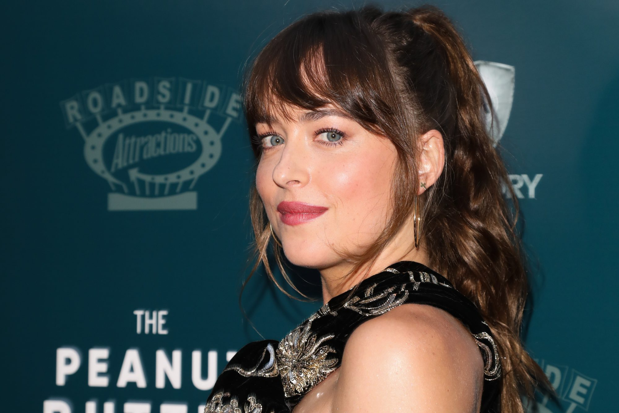 Dakota Johnson's Red Carpet Minidress Has It All — Including Pockets