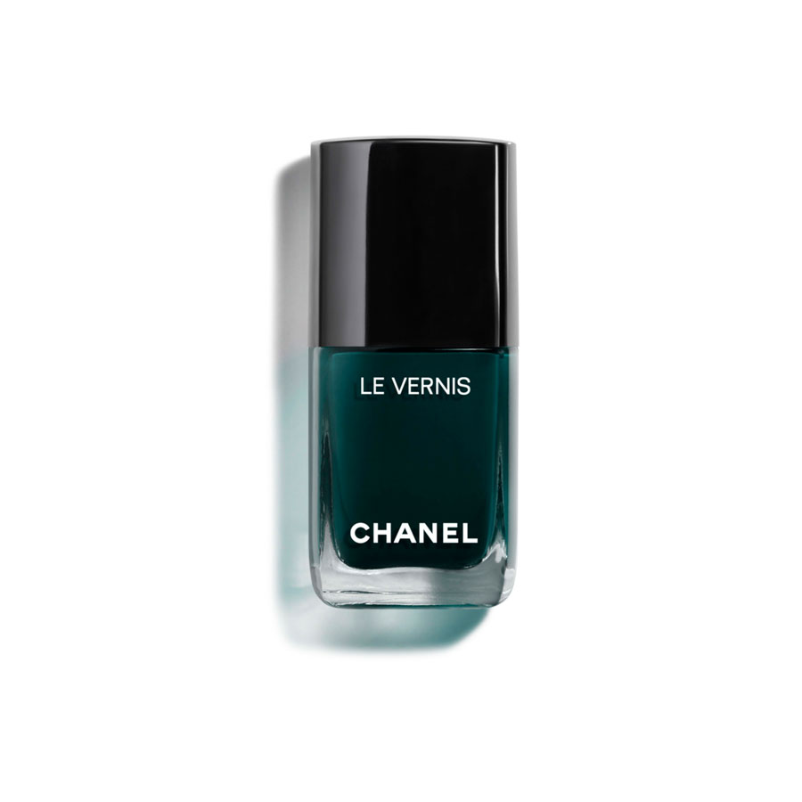Chanel Le Vernis Nail Polish in Fiction