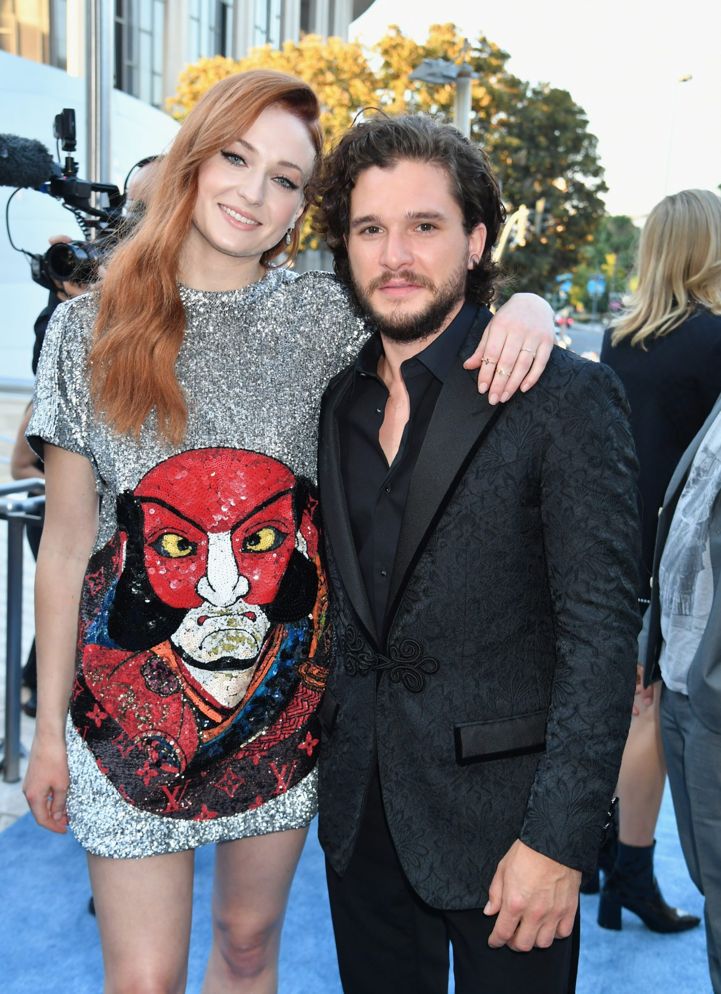 Sophie Turner and Kit Harington Unwittingly Reenacted a <em>Game of Thrones</em> Scene at the Emmys