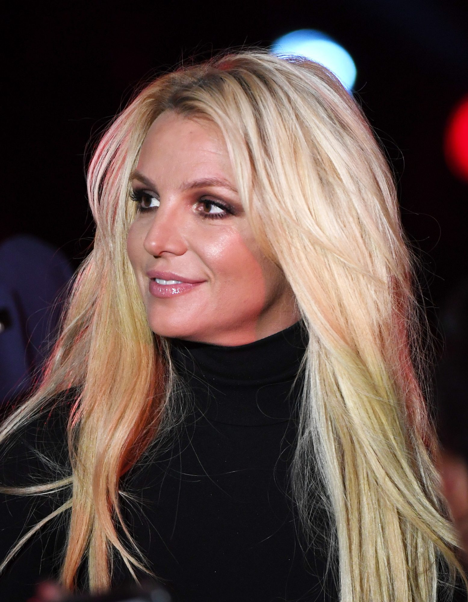 Britney Spears Says Paparazzi Have Edited Photos Of Her