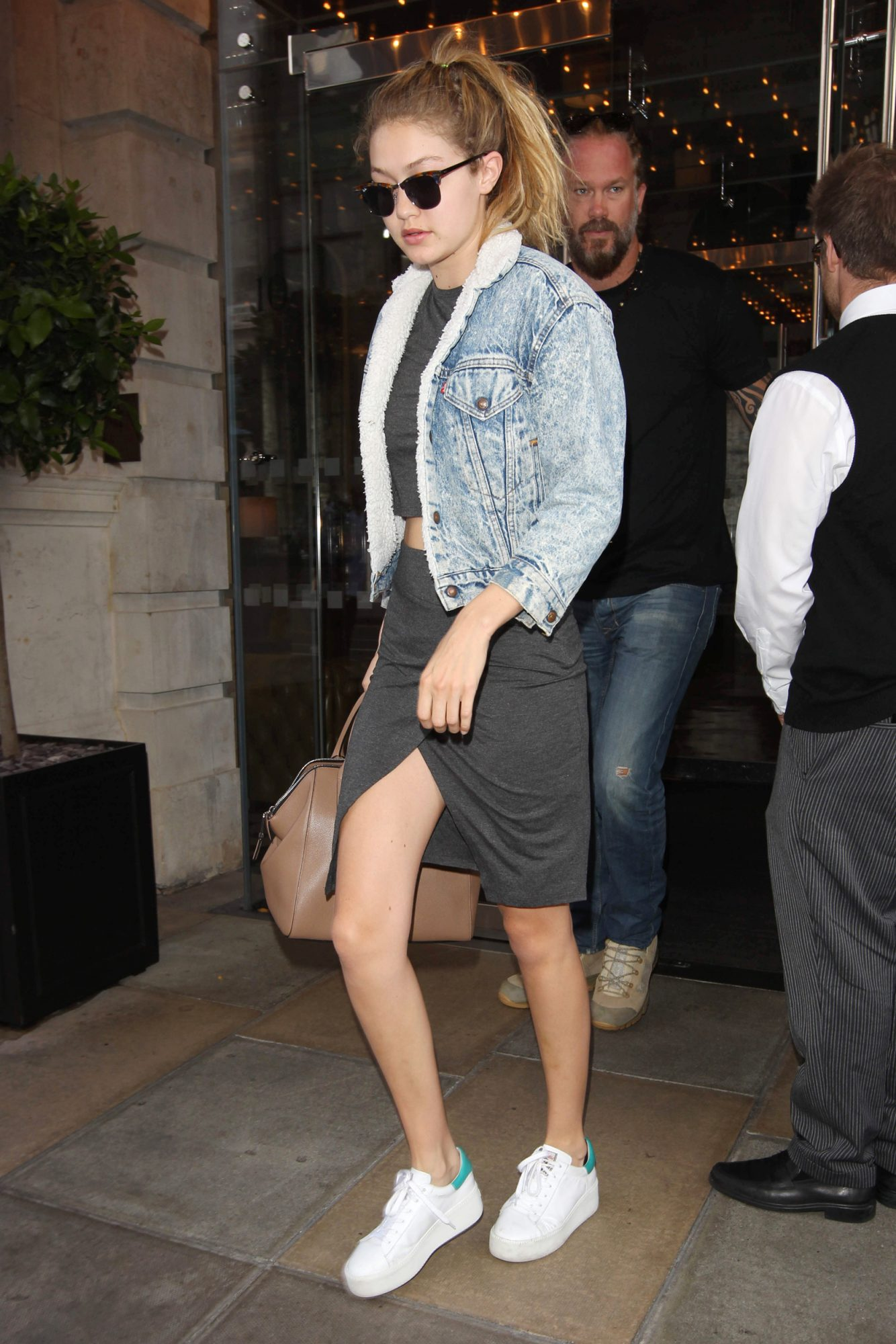 Emily Ratajkowski's Levi's Jacket on Sale at Nordstrom