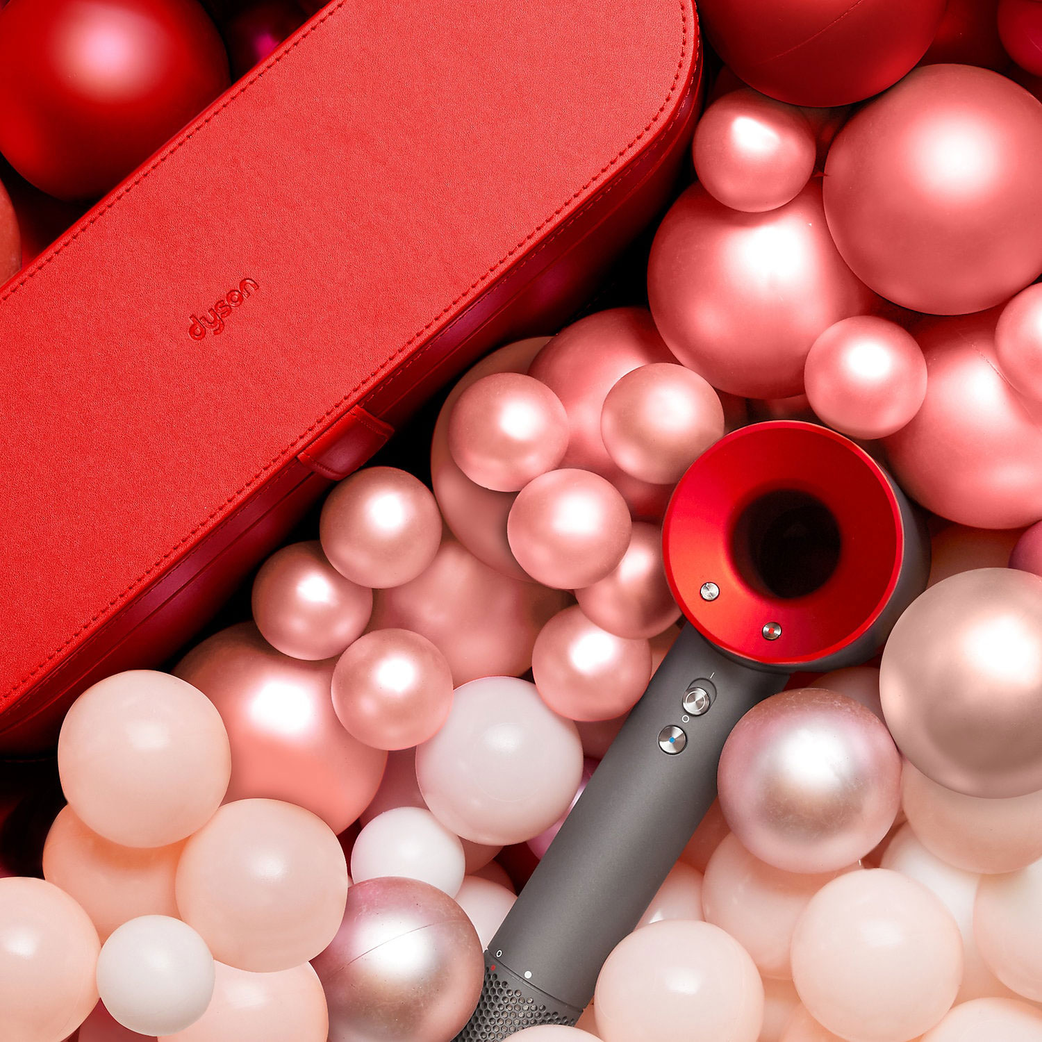 11 Gifts for the Beauty-Lover on Your List