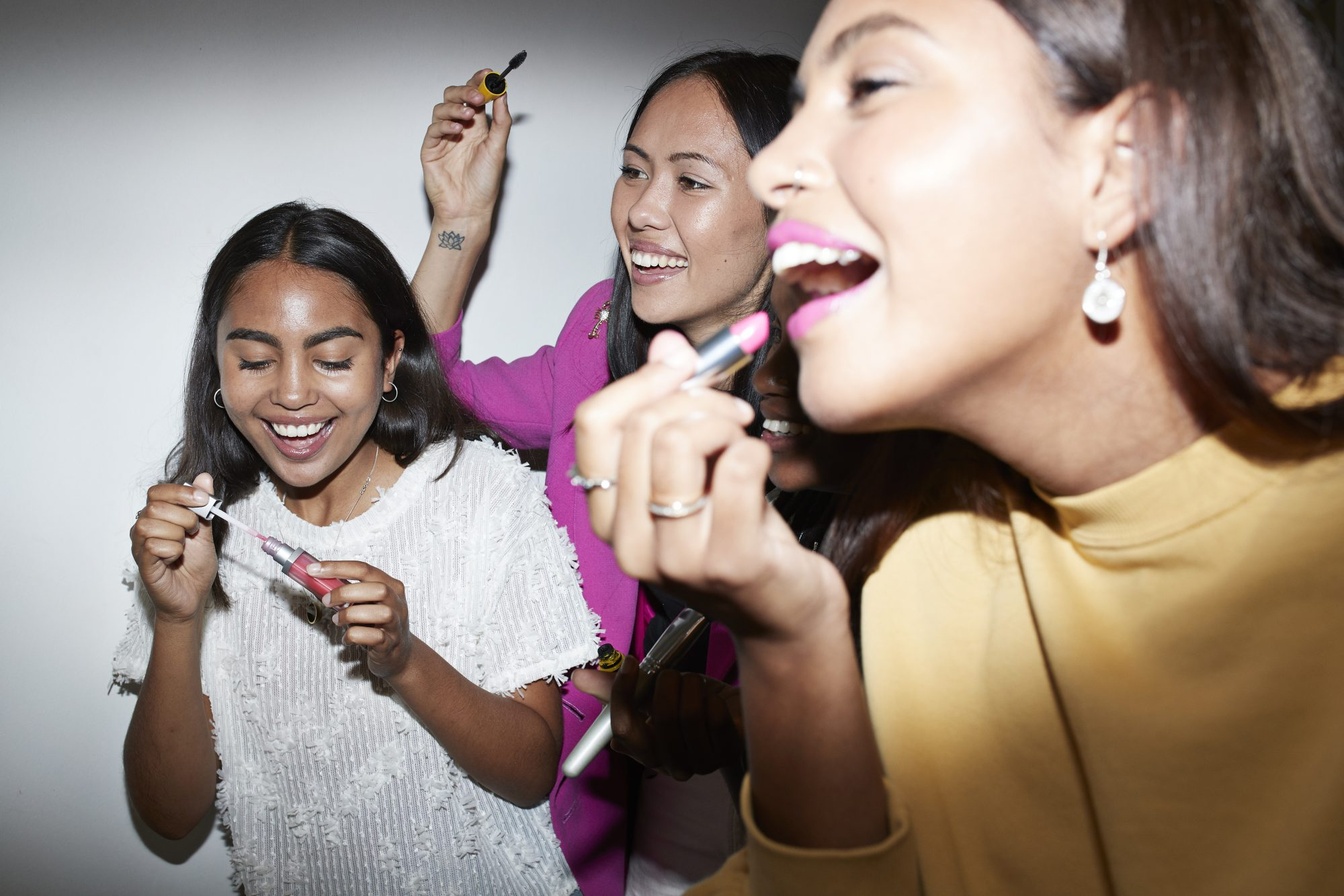 These Are the Lipstick Shades Each Sign Should Wear For Their New Year's Eve Kiss