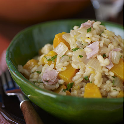 Pumpkin and Pinot Gris RecipeContrary to popular belief, jack-o'-lanterns aren't the only uses for fresh pumpkins. This quintessential fall vegetable shows its culinary bravado in a Pumpkin Risotto with Prosciutto along with a bright, spicy Pinot Gris. The acidity of the wine will cut through the richness of the risotto, complement the earthy sweetness of the pumpkin, and counterbalance the saltiness of the prosciutto.