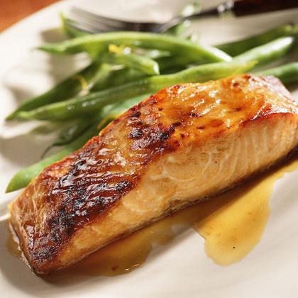 Cinnamon-Apricot Glazed Salmon Recipe