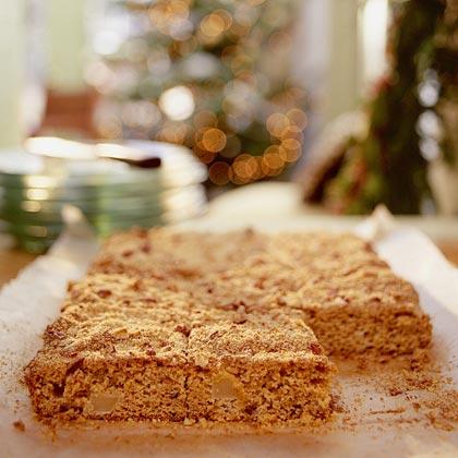 Pear-Cornmeal Crunch Cake