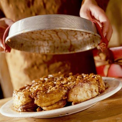 Hot Couple: Cinnamon and Nutmeg