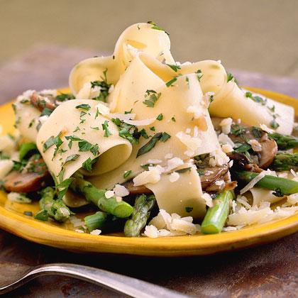 Pasta with Asparagus and Mushrooms Recipe