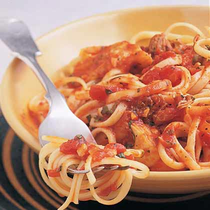 Linguine with Clams and Artichokes in Red SauceRecipe