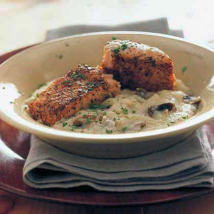 Broiled Salmon Over Parmesan Grits Recipe