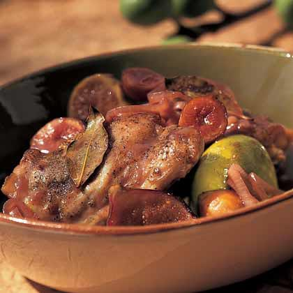 Braised Chicken Thighs with Figs and Bay Leaves