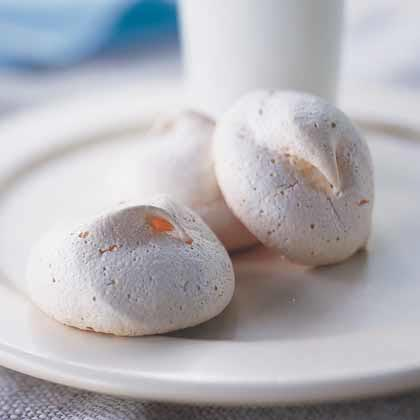 Double-Vanilla Meringue Cookies