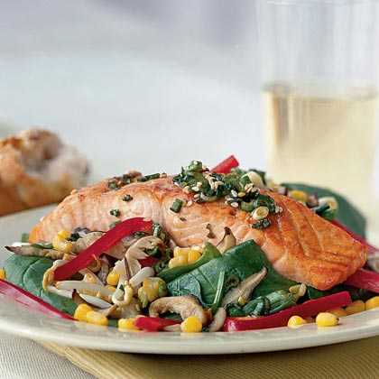 Sizzling Salmon-and-Spinach Salad with Soy Vinaigrette Recipe