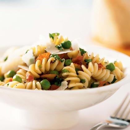 Pasta with Prosciutto and Peas