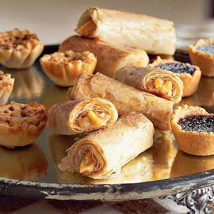 Apple and Cream Cheese Roll-Ups