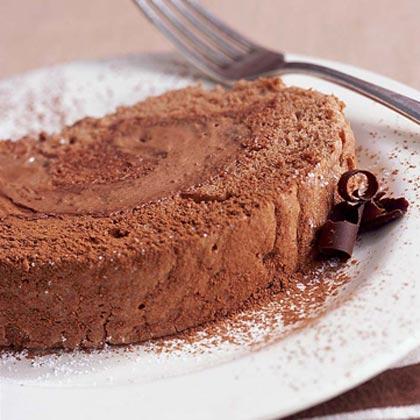 Light 'n' Creamy Chocolate Cake Roll
