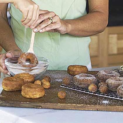 Quick Doughnuts and Doughnut Holes