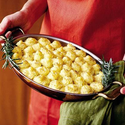 Caramelized Onion-and-Gorgonzola Mashed Potatoes Recipe