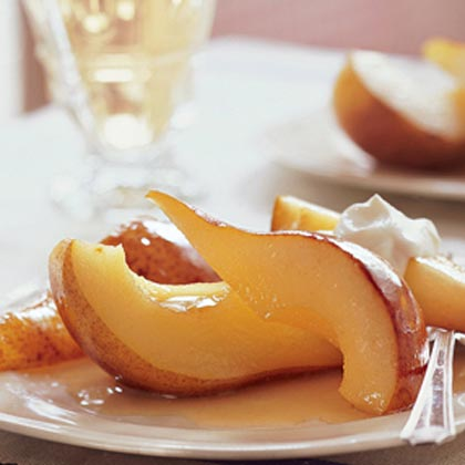 Honey-Roasted Pears with Sweet Yogurt Cream
