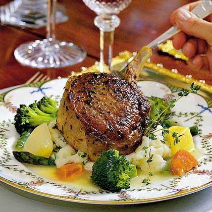 Grilled Pork Chops with Garlic Mashed PotatoesRecipe