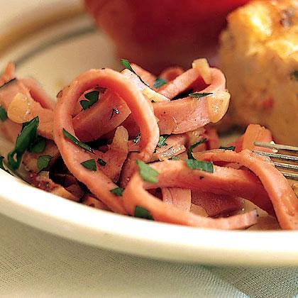 Warm Ham with Shallots and Vinegar Recipe