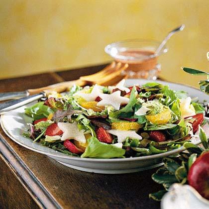 Cranberry-Strawberry-Jícama Salad