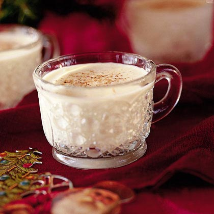 Aunt Kat's Creamy Eggnog Recipe