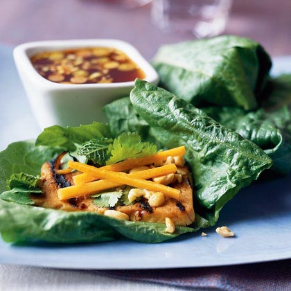 Vietnamese Lettuce Rolls with Spicy Grilled Tofu
