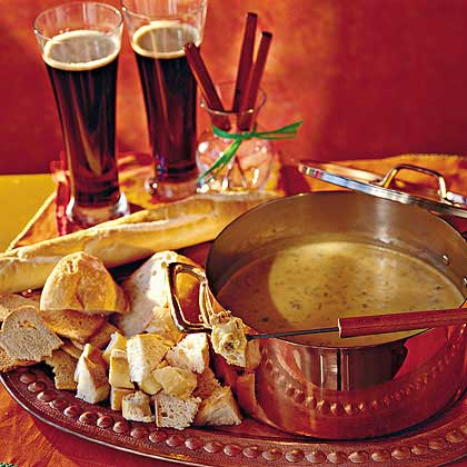 Beer-and-Cheddar Fondue Recipe