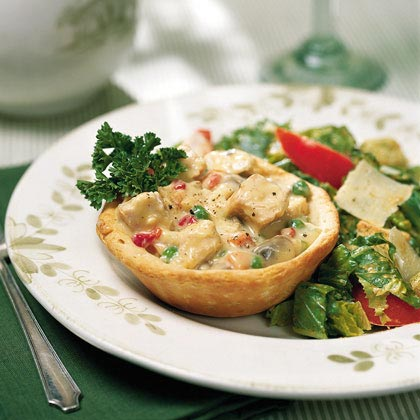 Creamed Chicken in Biscuit Bowls
