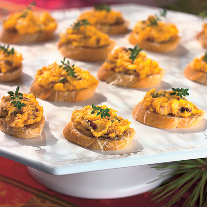 Butternut Squash Spread on Cheese Croutons Recipe