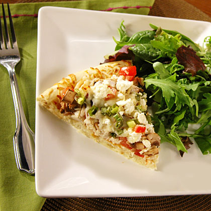 <p>Garlic Chicken Pizza</p>