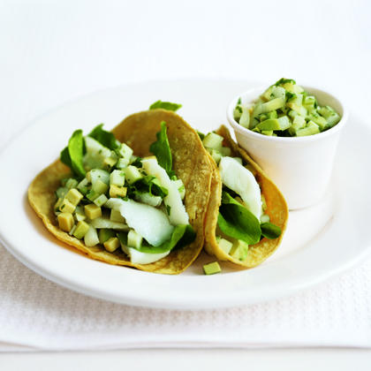 Make this 5-ingredient, low-fat fish taco recipe your go-to recipe for a healthy weeknight dinner.Fish Tacos Recipe