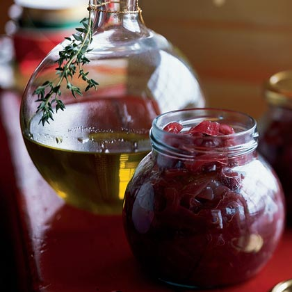 Spicy Thyme and Garlic Oil