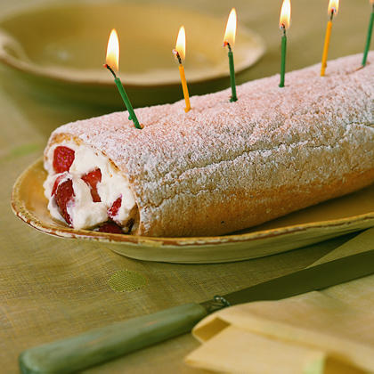 Strawberry Long-Cake RollRecipe