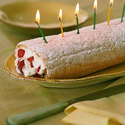 Strawberry Long-Cake Roll