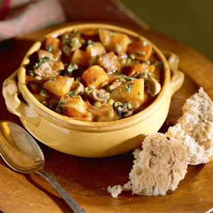 Hearty Vegetable Stew Seasoned with Beef