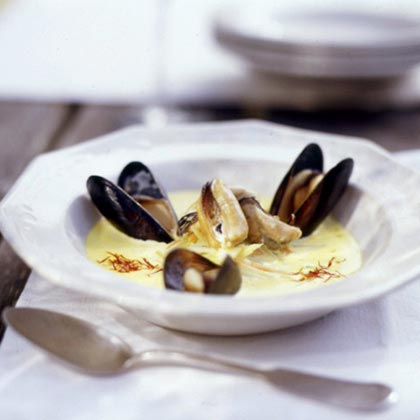 Mussels In Saffron And White Wine Broth Recipes — Dishmaps